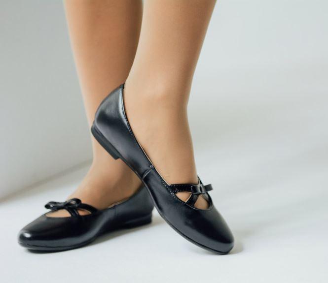 Юничел: Школьные туфли со скидкой 7%