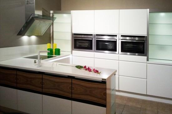Кухни KUCHENBERG - Скидка 60% на Кухонный гарнитур: PURA+HIGHTLIHT.