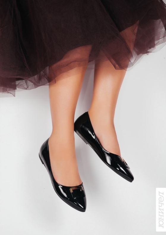 Акция в Юничел. Лаковые балетки со скидкой 7%