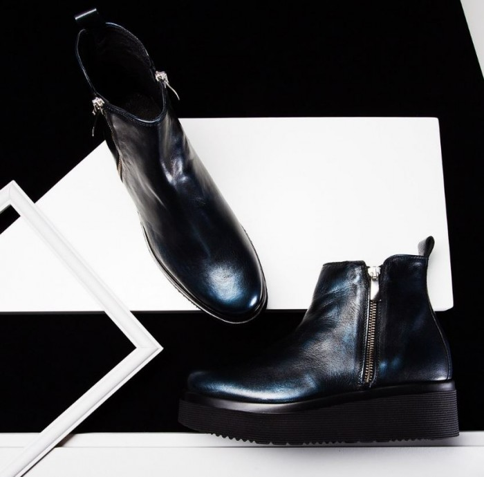 Ботинки на высоком каблуке по специальной цене в Carlo Pazolini