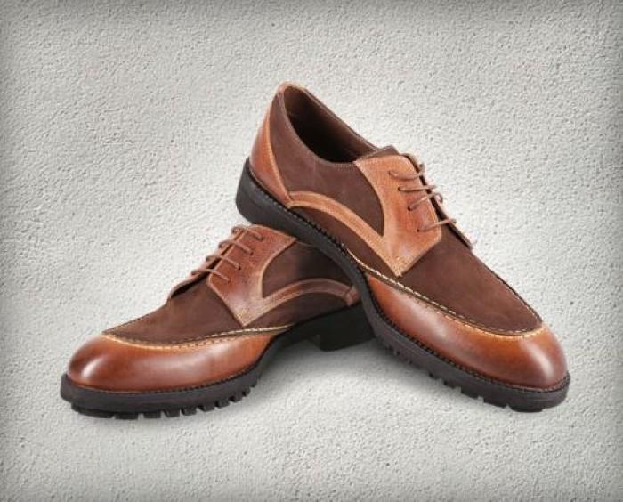 МЕГА - Магазин DIPLOMAT дарит обувь
