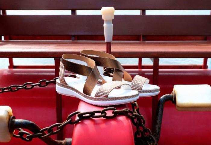 Юничел - Модные сандалии со скидкой 20%