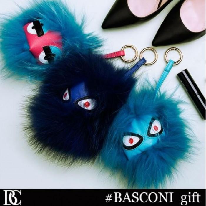 Basconi - Меховой брелок в подарок